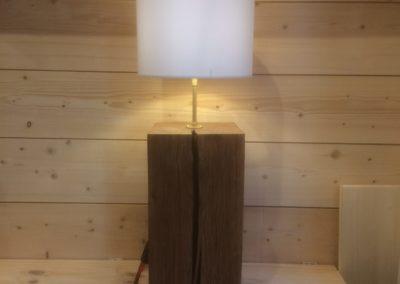 Lampe en chêne massif avec abat-jour 159€ - Vendu