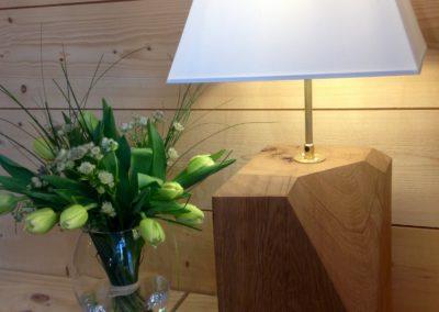Lampe en chêne massif avec abat-jour 159€